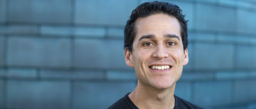 Julio Cedeno (MBA 2020) Talks the Case Method and Work-Life Balance