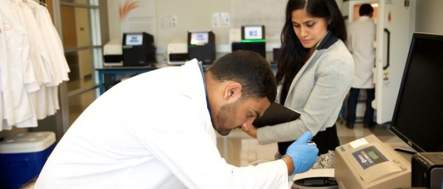 What is the MS/MBA Biotechnology: Life Sciences Program?